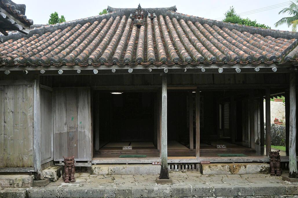 traditional houses image