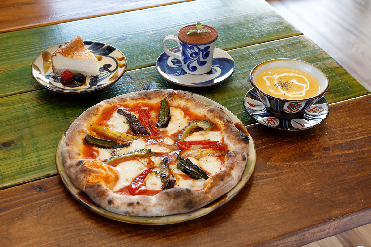 Pottery & Cafe Gunjo Image